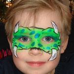 Kinderschminken von den Facepainters im DOC Emden