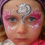 Kinderschminken, Face painting von den Facepainters mit Pferd
