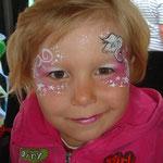 Kinderschminken von den Facepainters beim Pilsumer Hafenfest