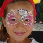 Kinderschminken Pferd von den Facepaitners beim Pilsumer Hafenfest