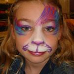 Kinderschminken von den Facepainters an verkaufsoffenen Sonntag im Multik Emden
