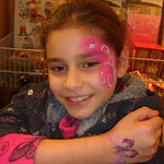 Schmetterling Glitter Tattoo von den Facepainters im DM Markt in Emden
