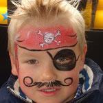 Kinderschminekne von den Facepainters beim Sommerfests vom Lidl Cloppenburg