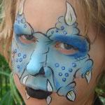 Kinderschminken als Dino von den Facepainters aus Hinte