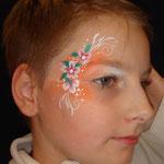 """Kinderschminken von den Facepainteres für die SKN auf der Messe """"Fleisch & Knolle"""" in Norden"""