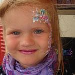 Kinderschimken von den Facepainters auf dem Straßenfest Moordorf