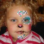 Kinderschminken von den Facepainters zu Halloween im Multi Emden