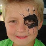 Kinderschminken von den Facepainteres beim Sommerfest des Elternvereins krebskranker Kinder