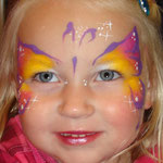 Kinderschminken von den Facepainters für die SKN auf der Messe Fleisch & Knolle in Norden