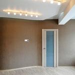 Спальная - вид на вход в гардероб