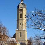 Kirchturm der Stadtkirche mit neuer Haube