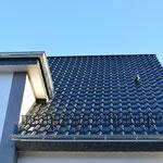 Satteldach 03/2015 -  Creaton Premium Nobl. Kristallschiefer Dachziegel