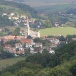 Hasparren, le bourg et son église