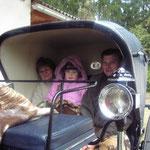 Kutschenfahrt mit Tante Julie, Onkel Sepp und Klarissa