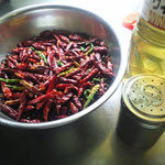 2013年 自家栽培の唐辛子で、手作りタバスコ(夏)
