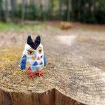 ・ミミズクブローチ 4cm5mm 北欧の陶板をイメージして作ったミミズクのブローチです。