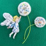 ・たんぽぽの天使 ブローチ (天使)8cm5mm(綿毛)8cm5mm・13cm