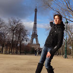 Tabea presents le Tour d Eiffel