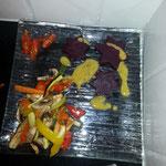 5. Gang: lauwarmer Gemüsesalat mit Randensterne auf Senfdressing
