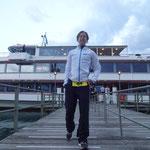 Tabea ist per Schiff in Oberhofen (Wechselzone) angekommen