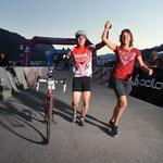 Geschafft - Zieleinlauf am Gigathlon 2010 im Wallis