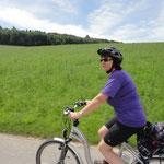 Helen Zimmermann mit ihrem E-Bike