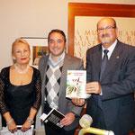 Con Encarna Recio, locutora de radio, poetisa y rapsoda.Rafael Gómez,Concejal de Cultura del Excmo. Ayuntamiento de Murcia