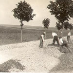 Strassenbau im Jonastal - Quelle: Helga Raschke