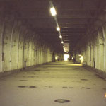 Ebensee 2003, im Gedenkstollen, Foto: K.-P. Schambach