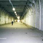 Ebensee 2003, im Gedenkstollen, Foto: E. Beyer