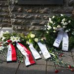 4. April 2015 - Die Blumen wurden bereits wieder gerichtet, Foto: Klaus-Peter Schambach