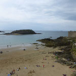 Plage de Bon Secours, Saint Malo. Picture taken by Héloïse Duault for B&B Le Berceul
