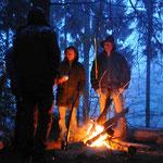 Survival Camp bei Einbruch der Dämmerung