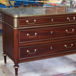 Restauration commode en acajou