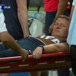 La lesión que todo el mundo vió del fisioterapeuta de la Selección de Inglaterra durante el Mundial.
