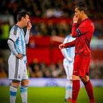 Conversación de dos leyendas del fútbol moderno.