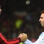 Enfrentamiento de las Selecciones de las dos leyendas vivas del fútbol moderno.