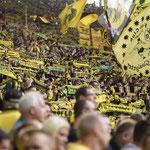A pesar del mal año del Boussia Dortmund su hinchada siempre presente.