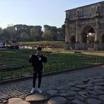 01/04/19 - Colisée à Rome (Italie) - Amandine