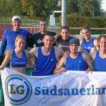 Zehnkampf-Team I u. II der Männer sowie Sabrina u. Florian (U20)