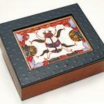Ägyptea - violettgebeitzt, Acrylmalerei, Krakelee, falsches Vitral, klalackiert, Deckel mit abnehmbarem Glas - B: 19 T: 15 H: 6,3 cm - VERKAUFT