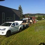 Transportfahrzeug mit Anhänger der Firma Steiner Niederhünigen