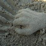 mama's sandkunstwerk