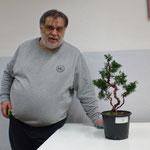 Francesco con la propria pianta