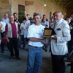 La premiazione del vincitore: Gaetano Princiotta del Bonsai Blu Milano