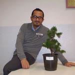 Antonio con la propria pianta