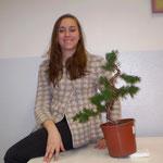 Laura con la propria pianta
