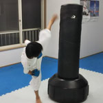 上段蹴り自主練 小4
