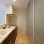 ゴミ箱を置くスペースも確保した使いやすいキッチン