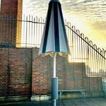 Solarschirm halb geöffnet